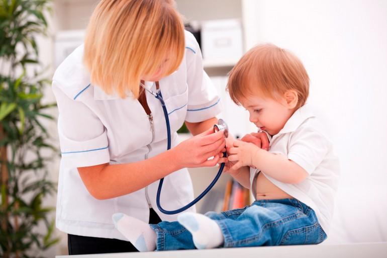 otite-oreille-infection-bébé