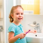 Faut-il utiliser un dentifrice chez bébé?