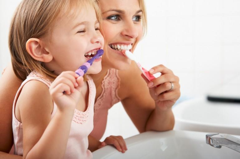 dentifrice-brosseàdent-enfant-fluor