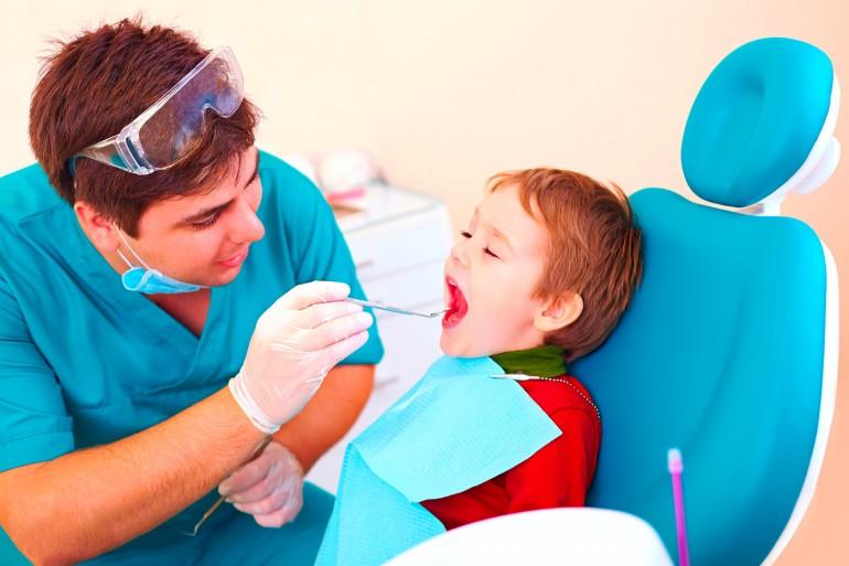 dent-dentiste-enfant-carie