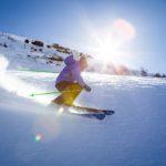 Waarom moet je zonnebrand smeren op wintersport?