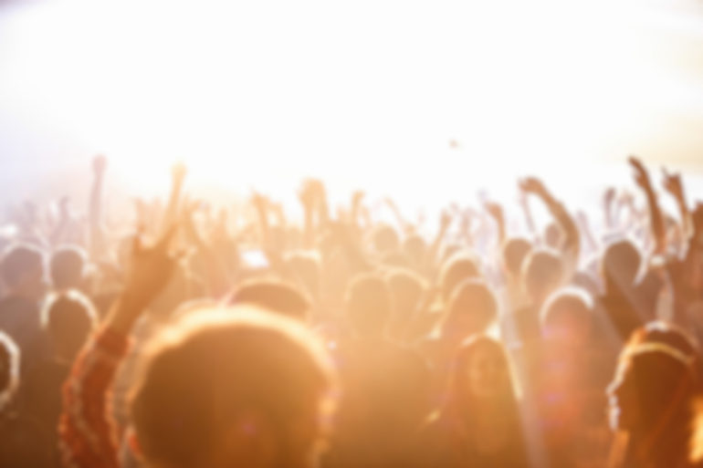 public-concert-festival-musique-air