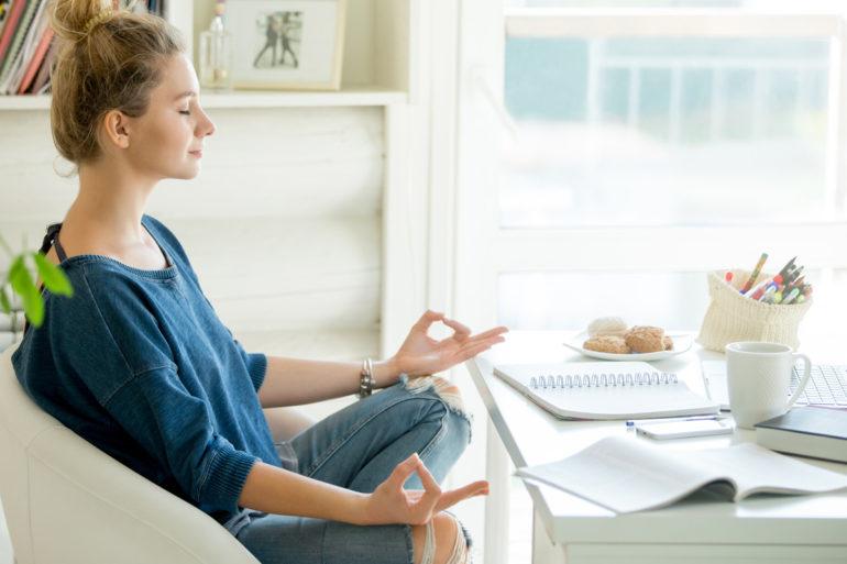 jeune-femme-mieux-gerer-stress-zen