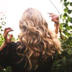 Des cheveux et des ongles en pleine forme